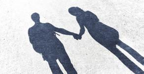 O amante de pessoa casada pode pedir partilha de bens?