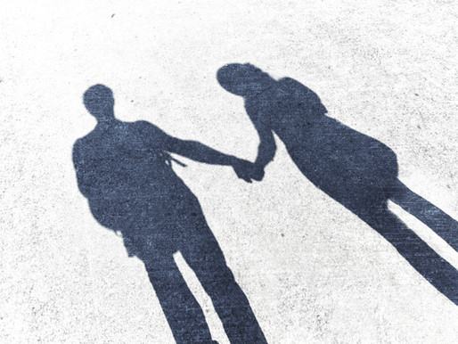 Relationship Therapy - Phần 1: Trị Liệu Cặp Đôi Là Gì? Các Thuyết Về Tình Yêu Trong Trị Liệu Cặp Đôi