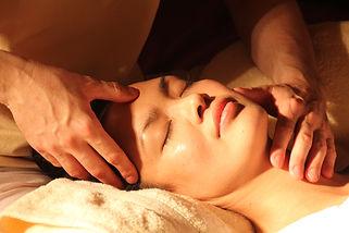 massage-1929064.jpg