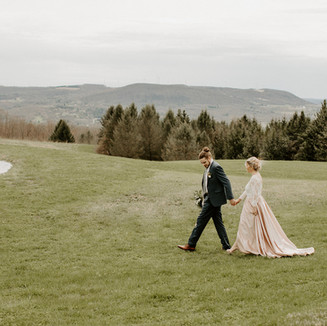 Outdoor Wedding Venue, Wrens Roost Barn Wedding Event Venue Naples NY Finger Lakes