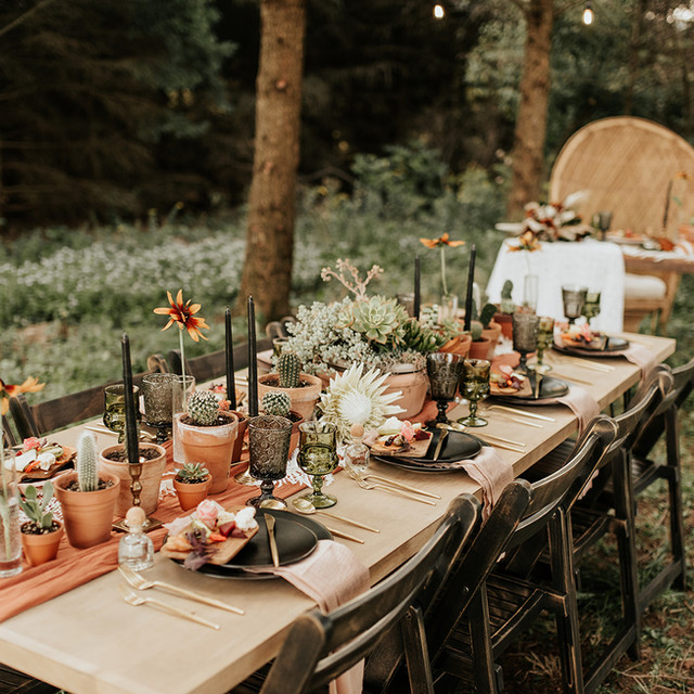 Outdoor table setting at Wrens Roost Barn Wedding Event Venue Naples NY Finger Lakes area