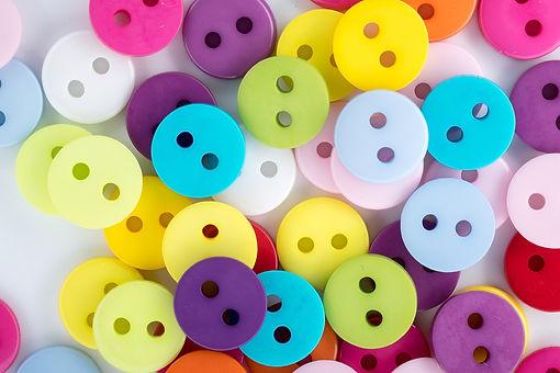 buttons-1821331_1920.jpg