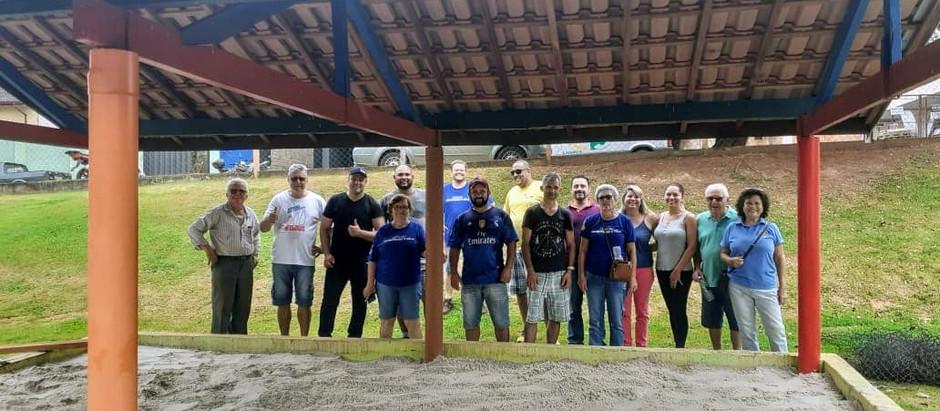 Rotary Club de Holambra faz revitalização de parque para alunos da creche no bairro Imigrantes