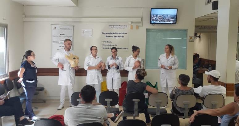 UniFAJ promove interação da campanha Outubro Rosa