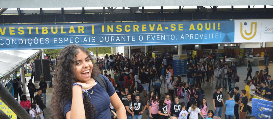 UniFAJ orienta estudantes na escolha da carreira com feira de profissões e lança dois novos cursos