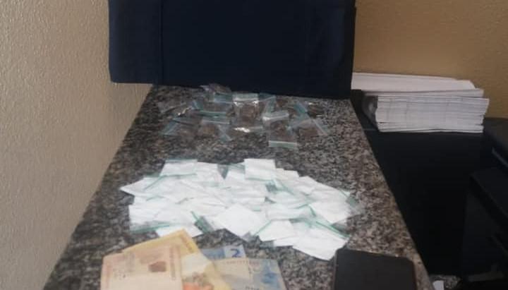 Homem é preso por tráfico de drogas no último sábado (28)