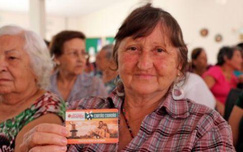Morador tem benefício com Cartão Cidadão no Holambra Rodeio e Modão