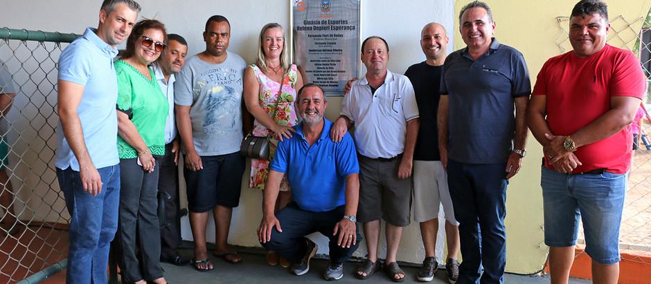 Inaugurada a primeira Quadra Poliesportiva do bairro Palmeiras