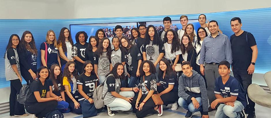 Crianças de Holambra visitam filiada da Rede Globo