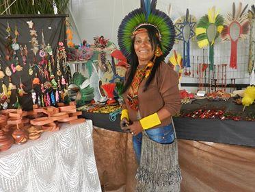 Indígenas visitam Holambra e falam sobre visibilidade nos tempos atuais