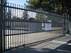 Galvanized-steel-slide-gate.jpg