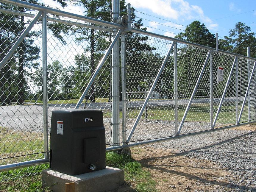 slide-gate-barbwire-.jpg