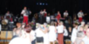 Les deux Orchestres sur scène