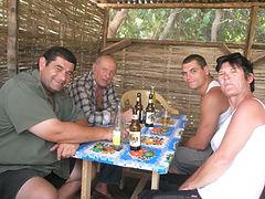 Tito, Tonton Dédé, Thomas et Martine