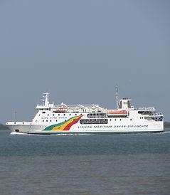 Dakar Zinguinchor en bateau