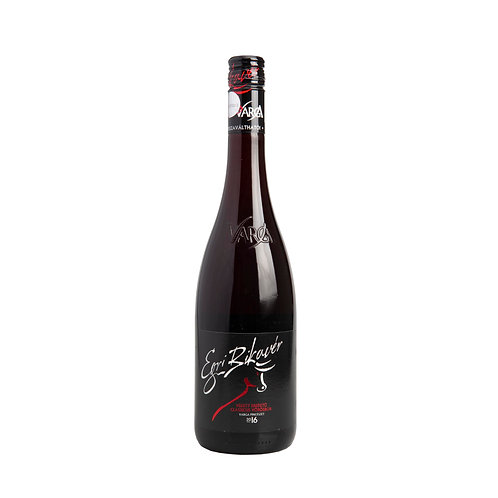 HR001 Egri Bikaver dry red wine