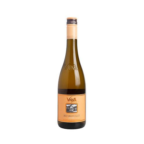 HW010 Balatoni Muskotaly white wine