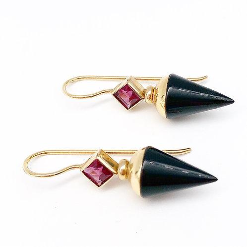 14k Garnet & Onyx Earrings