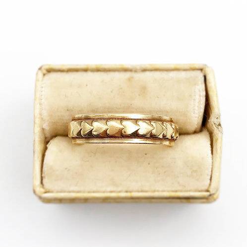 Sweet 1940's Yellow Gold Heart Band