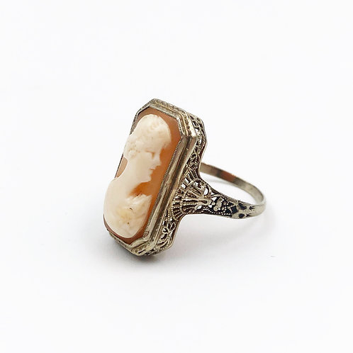 White Gold Cameo Ring