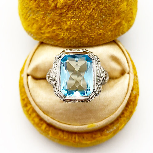 Edwardian Ring With 6.50 Carat Blue Topaz