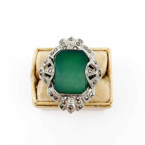 Art Deco Green Chalcedony Ring