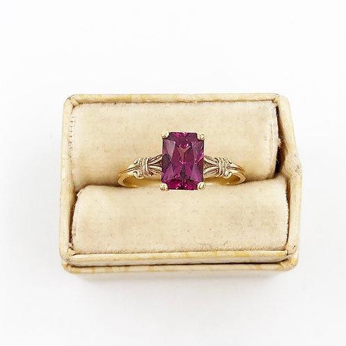 1.25 carat Rhodolite Garnet Ring