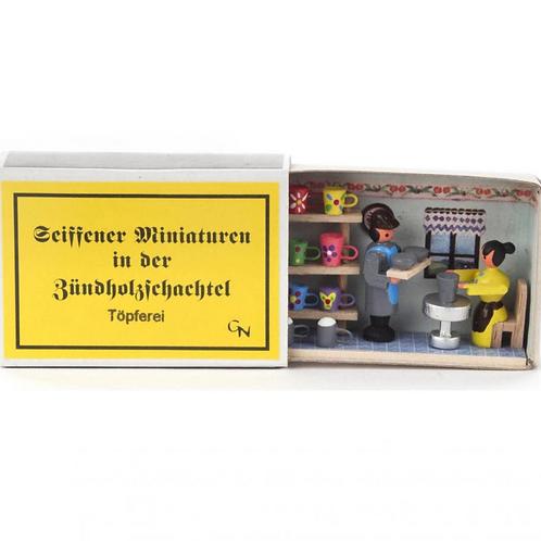 German Potter Matchbox