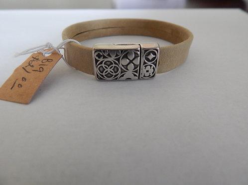 Bracelet - B19 - Tan Leather - Muggie Jewelry