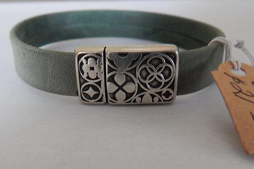 Bracelet - B18 - Green Leather - Muggie Jewelry