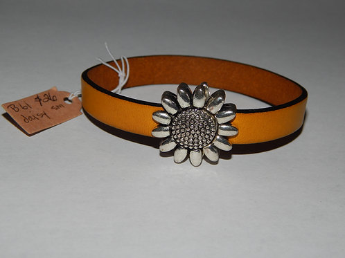 Bracelet - B61 - Yellow Leather / Daisy Small - Muggie Jewelry