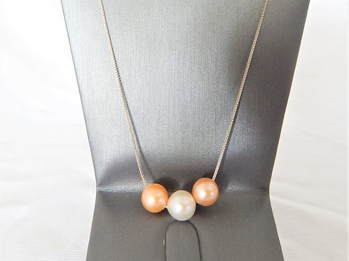 Necklace - Sterling Silver Chain with 3 Pearls - P004