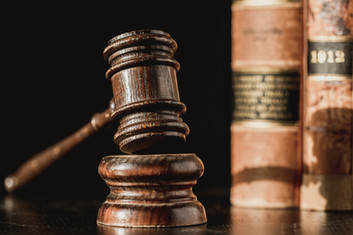 judge-gavel-and-law-books.jpg