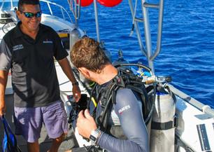 dive boat 4.jpg
