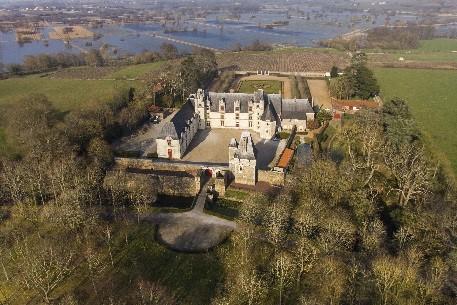 image château-Valéry Joncheray.jpg