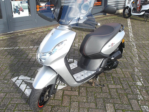 Peugeot Kisbee RS snorscooter 2017