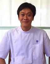 前田はりきゅう整骨院、訪問治療・マッサージを行う山田建太先生です