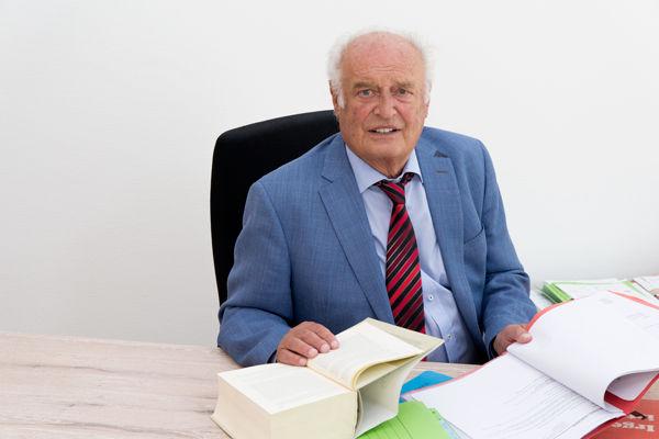 Rechtsanwalt Dr. Heinz Mörder, klick4, Ines Fortenbacher
