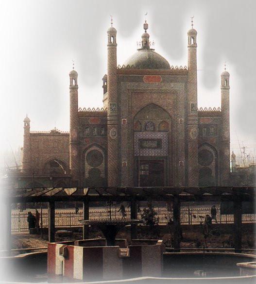 20.yüzyılın sonlarında ortaya çıktığı şekliyle Kargalık Ulu Camii'nin giriş pısıka