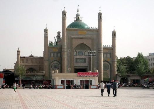2010'larda Kargalık Ulu Camii'nin giriş kapısı.
