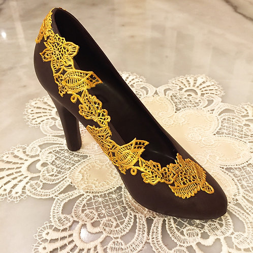 Chocolate Pump with Gold Sugar Lace