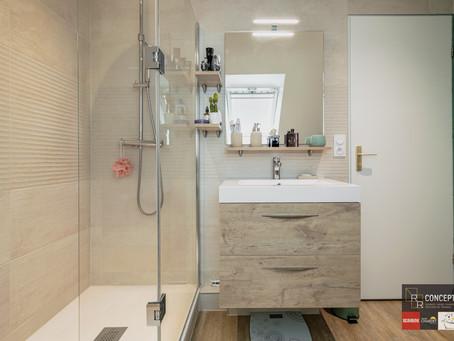 Aménagement d'une salle de bains sous combles