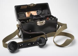 Field Telephone (Chinese)