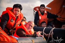 150406-SA-Spanish-Indonesian-crew-look-on-at-Thunder-as-she-lists-4362.jpg