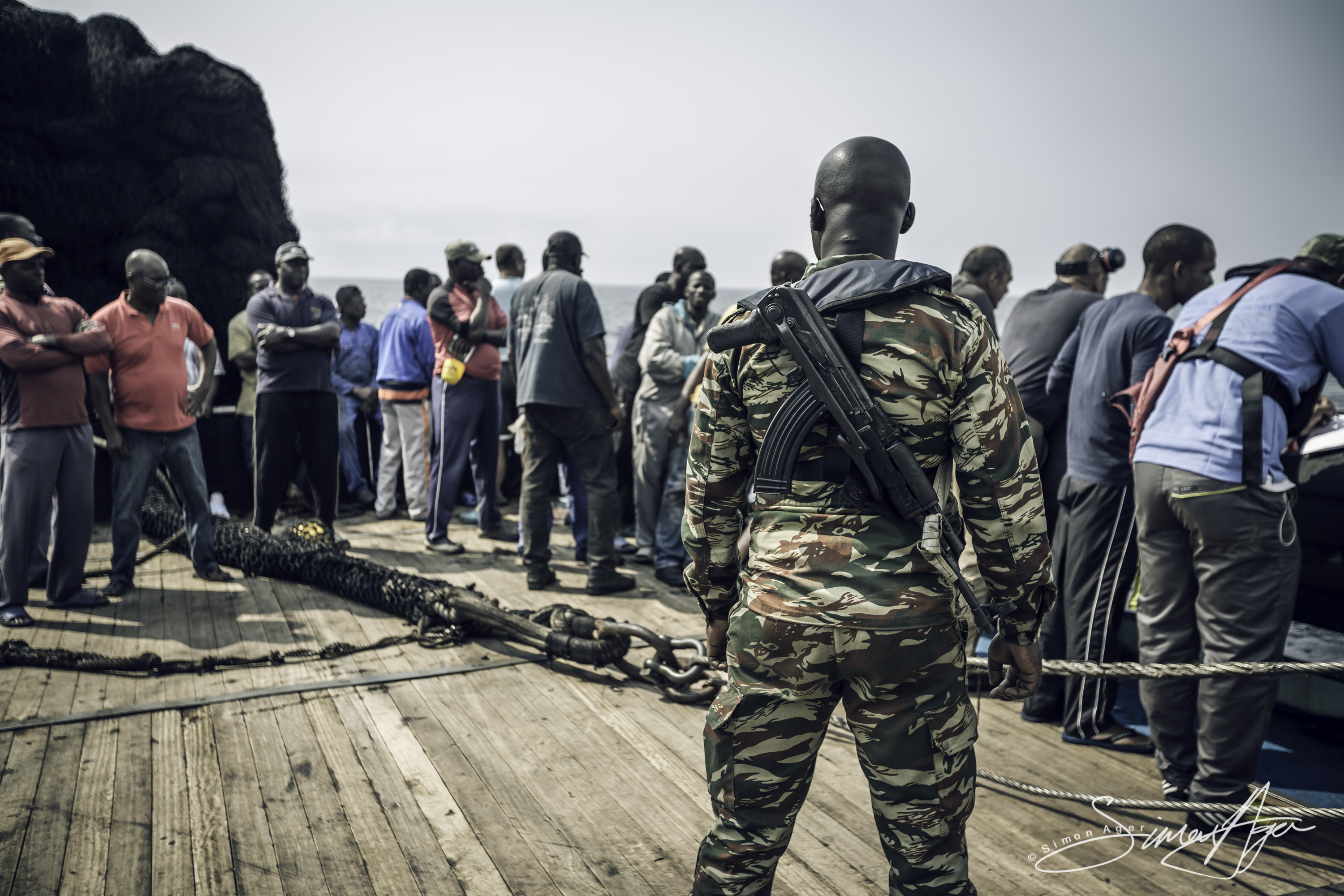160601-SA-024-Gabonese-marines-fisheries-inspectors-board-purse-seiner-Via-Avenir-for-insepection