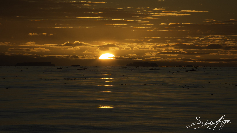 170206-SA-Sunset-in-Antarctica-010-6499