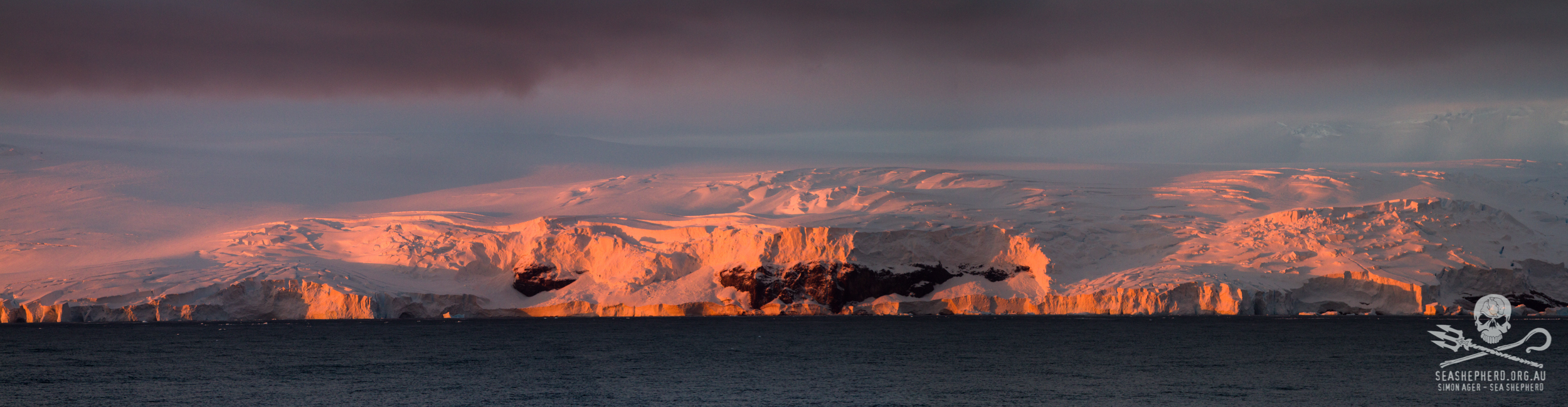 140212-SA-Balleny-Islands-at-sunrise-IMG_5821-Edit.jpg