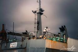 150219-SA-150219-SA-Thunder-crewman-throws-chain-at-Echo-small-boat-crew-2