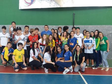 Educação Física: Quiz da Copa do Mundo agitou a Escola Officina do Saber.