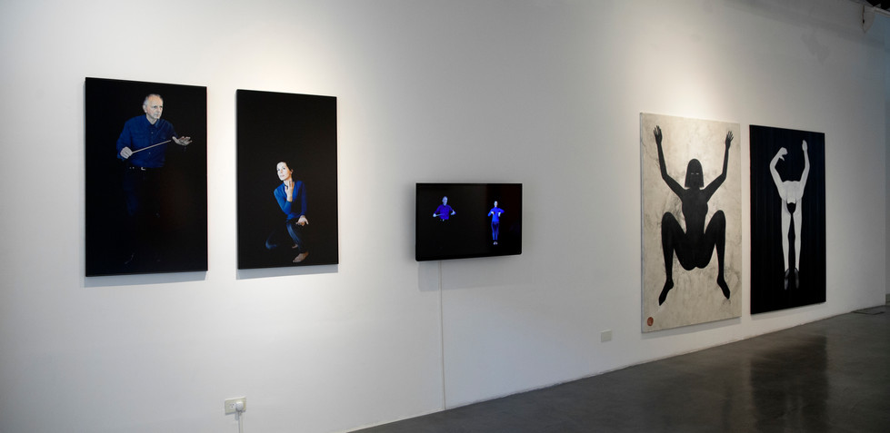 De coreografías visuales y cuerpxs extrañxs 2019 Lihuel González, Decir casi lo mismo Fotografía digital color y video